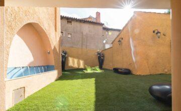 Casa rural con jardín y barbacoa en Zaragoza